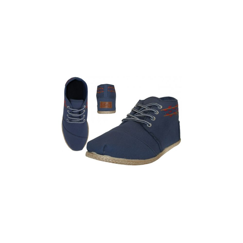 You Will Appreciate The Comfort Of These Navy Canvas Women's Slip Ons This Bongo women's casual canvas shoe in navy is one of the easiest ways to accessorize your wardrobe. They allow you to highlight your own personal style without bringing a measure of discomfort or pain.