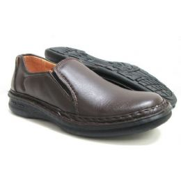 12 Units of Men Comfort Shoe And Size Runs From 6.5-10. - Men's Shoes