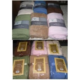 16 Units of Full Size Micro Plush Thick Blanket - Comforters & Bed Sets