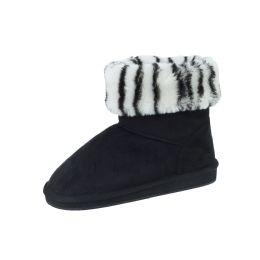 18 Units of Ladies Winter Boot Black Zebra Size 6-11 - Women's Boots