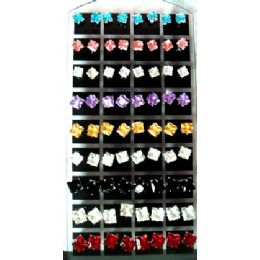 72 Units of 36 Pairs Square Studs Earrings Per Display Card - Earrings