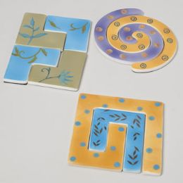 24 Units of Trivet Ceramic Puzzle 3 Assorted - Coasters & Trivets