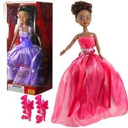 24 Units of ETHNIC TRENDY EN VOGUE FASHION DOLLS. - Dolls