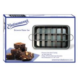 6 Units of Classic Brownie Maker - Baking Supplies