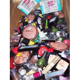 500 Units of Assorted Wholesale COSMETICS Discount Mix