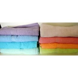 48 Units of Bulk Bath Towels - Towels