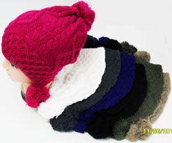 24 Units of Ski Hat w. 3 Balls - Fashion Winter Hats