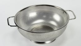 """12 Units of Stainless Steel Colander 11"""" Diameter. 5qt. - Strainers & Funnels"""