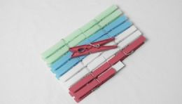 """36 Units of Clothes Pins, Plastic 16 Pieces. 4"""" - Clothes Pins"""