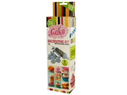 18 Units of Cake Decorating Kit With Nozzles - Baking Supplies