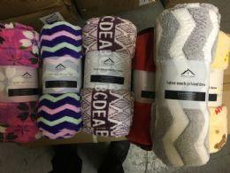 24 Units of 60x80 Printed Plush Fleece Throw Blanket - Blankets & Bedding