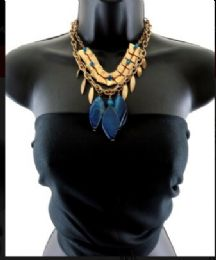 12 Units of Short double layered necklace with a pattern - Necklace