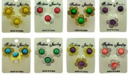 36 Units of Ring And Earrings Set, Both Flower Shaped With A Jewel In The Center - Rings