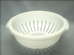 36 Units of COLANDER - Strainers & Funnels