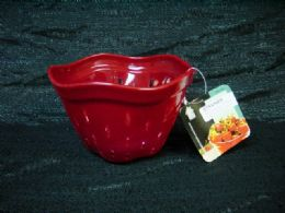 36 Units of PLASTIC BERRY STRAINER - Strainers & Funnels