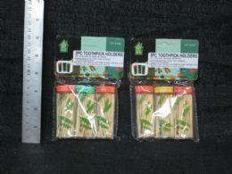 72 Units of 3 PACK TOOTHPICK HOLDER TRAVEL SET - Toothpicks