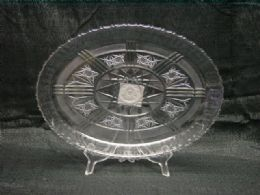 36 Units of CLEAR ROUND TRAY WITH STAR - Serving Trays