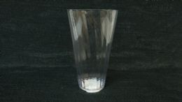 24 Units of PLASTIC CLEAR CUP WITH WAVE DESIGN - Plastic Drinkware