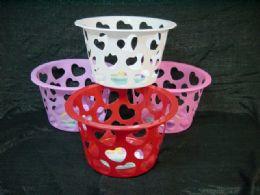 36 Units of HEART SHAPE BASKET - Buckets & Basins