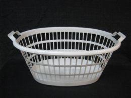 12 Units of PLASTIC LAUNDRY BASKET OVAL WHITE - Laundry Baskets & Hampers