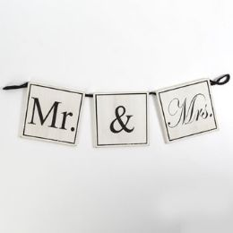 12 Units of Wall Sign Wooden Mr And Mrs - Home Decor