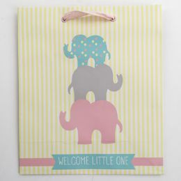 60 Units of Gift Bag Cub Embellished Welcome Little One - Gift Bags Everyday