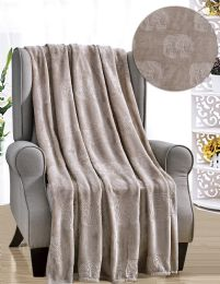 12 Units of Cesar French Collection Assorted Throws - Fleece & Sherpa Blankets