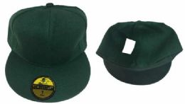36 Units of Fitted Hat Green Color Assorted Size - Baseball Caps & Snap Backs