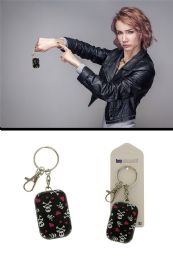 96 Units of Black Metal Tin With Skull And Crossbones And Heart Pattern Key Chain - Key Chains