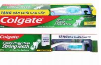 36 Units of Colgate Toothpaste 7.94oz Cool Mint With Triple Action Toothbrush - Toothbrushes and Toothpaste
