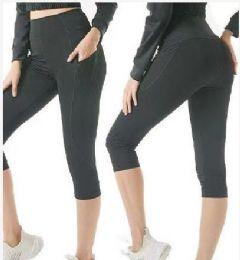 24 Units of Black Capris Leggings - Womens Leggings