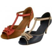 "26 Units of Women's 3"" Pump With Bow Top - Women's Heels & Wedges"
