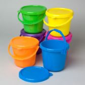 48 Units of Play Pail With Cover & Handle 84 Oz 6 Colors - Buckets & Basins