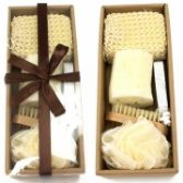 72 Units of 6 PIECE BATH SET IN A NICE GIFTABLE BOX - Bath And Body