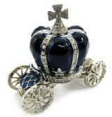 10 Units of Silver tone and navy blue enamel crown attached to a coach (base) - Gifts Items