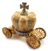 10 Units of Gold tone and tan enamel crown attached to a coach (base) - Gifts Items