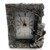 10 Units of Pewter framed clock with a cat as a soldier - Clocks & Timers