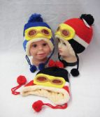 36 Units of Kids Winter Hat With Goggles