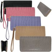 36 Units of Women's wristlet wallet in a trendy faux crocodile print - Leather Purses and Handbags