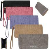 36 Units of Women's wristlet wallet in a trendy faux crocodile print - Leather Wallets