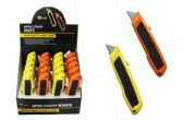 20 Units of RETRACTABLE UTILITY KNIFE WITH GRIP - Box Cutters and Blades