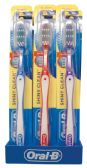 96 Units of ORAL B SHINY CLEAN TOOTHBRUSH SOFT WITH CAP ASSORTED COLORS WITH SHELF DISPLAY BLUE/GREEN/RED/PURPLE